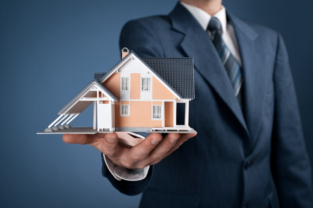 Commercial real estate agent in Calgary